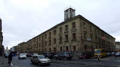 Замість ТРЦ. Міська рада Львова хоче забрати приміщення СІЗО на Городоцькій у комунальну власність