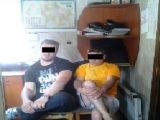 На Закарпатті правоохоронці затримали 2 чоловіків, які підозрюються в катуванні та захопленні заручників