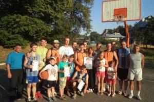 В Бродах в День Незалежності України провели баскетбольний турнір, присвячений пам'яті новітнього героя АТО Степана Гунька.