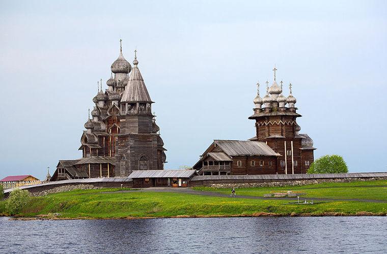 Церква Преображення Господнього, Росія
