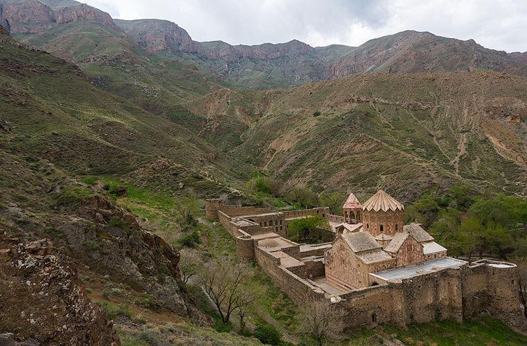 Церква Святого Стефана, Іран