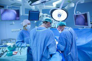 Ізраїльський лікар відмовився від 50 тисяч доларів дізнавшись, що оперує українського солдата