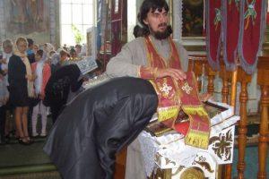 Люди, мені набридло імітувати сповідь: крик душі молодого священика із Галичини