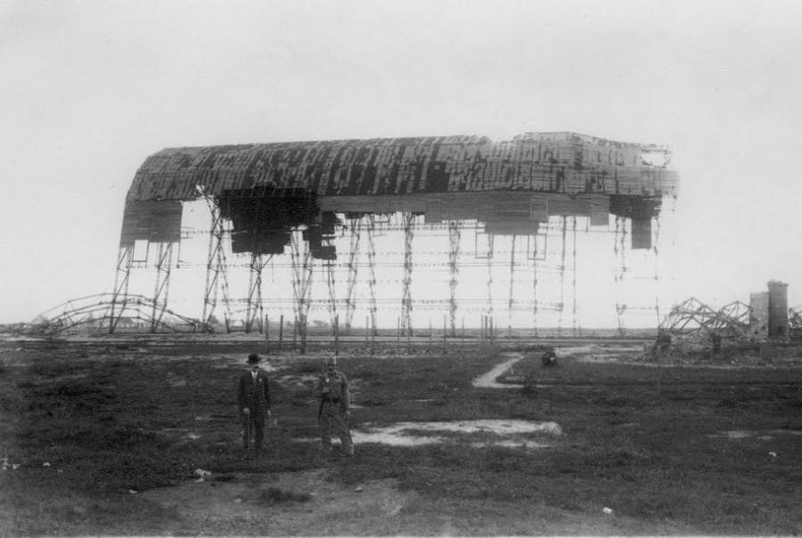 Залишки російського ангару на Левандівському летовищу. Фото 1915 року
