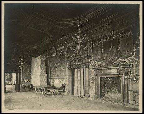 Інтер'єр Золотої Зали Підгорецького замку. Фото 1909 року