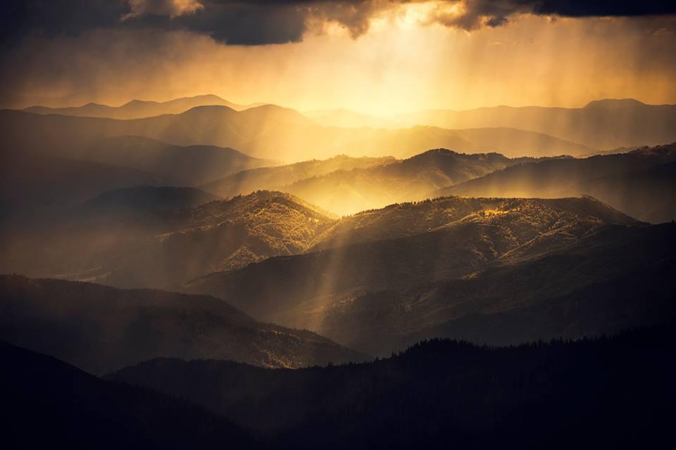МЕНЧУЛ (1 998 м)