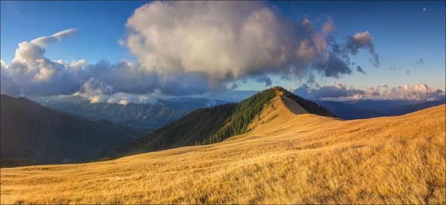Гора Дарвайка. Внутрішні Ґорґани. Карпати. Фото: Михайло Пецкович