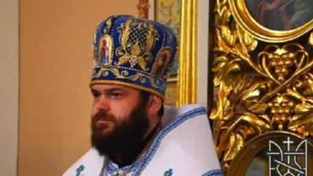 Архієпископ УАПЦ Мстислав витанцьовував з дівчатами, а його підлеглі влаштували бійку