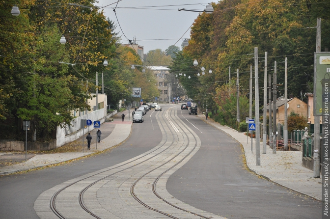 Нижня частина вулиці Стуса