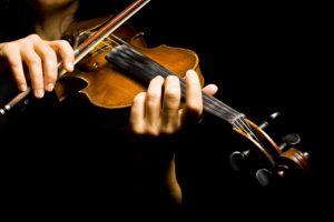 Львів'ян запрошують послухати скрипалів зі всього світу
