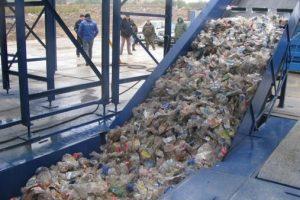 У Львові встановили першу сміттєсортувальну лінію
