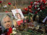 Аварія літака Качинського: Росіяни накидали в труни жертв сміття та недопалки