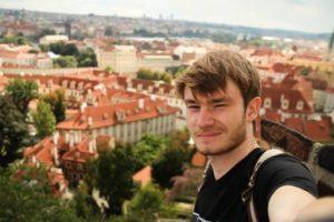#Konyk_Help: Святослав Вакарчук закликає допомогти студенту з лейкемією. Відео