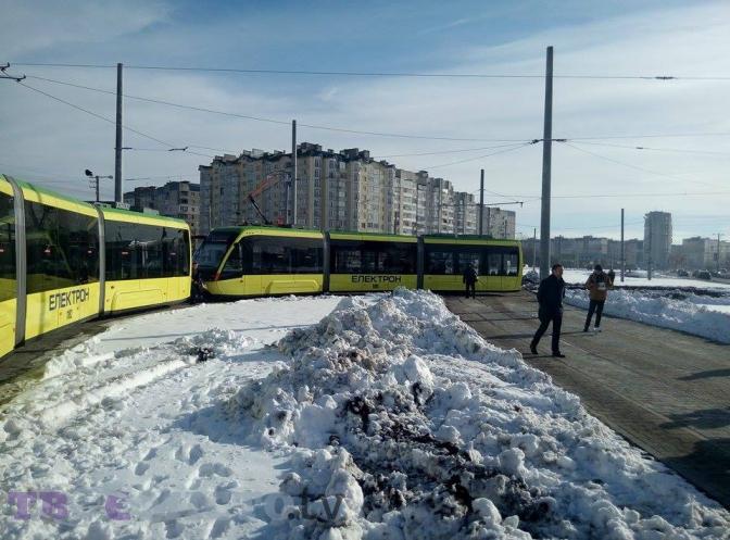 sogodni-17-go-listopada-vidbudetsya-pershiy-ofitsiyniy-reys-tramvaya-na-sihiv-3