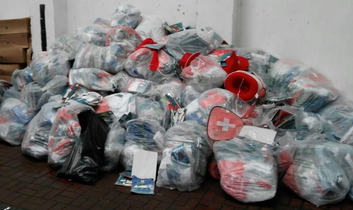 a6d29a7099584e Працівники Львівської митниці ДФС викрили спробу незаконного ввезення на  митну територію України понад 3,5 т нового одягу європейських виробників.