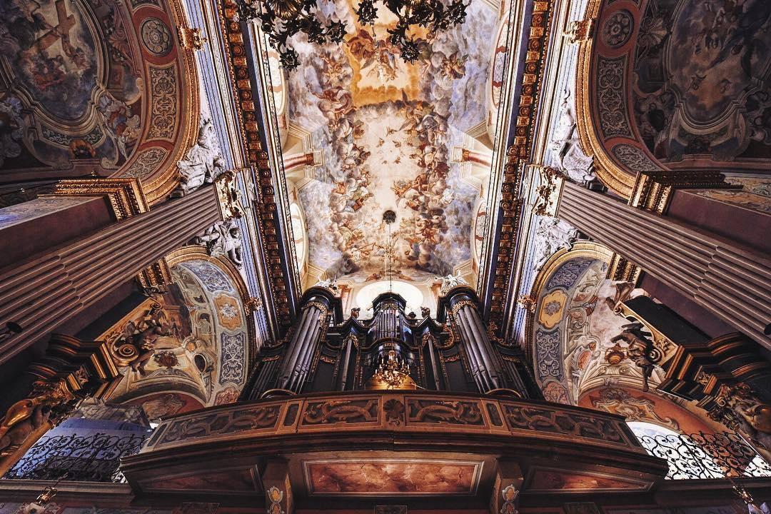 Інтер'єр Храму Святого Андрія © Krzysztof Szlezak