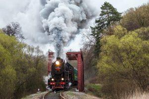 На свята для львів'ян курсуватиме ретро-потяг: графік, ціна