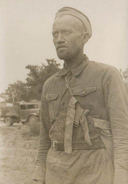 Типовий вигляд полонених червоноармійців у 1941 році.