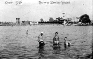 Басейн на Замарстинові, фото 1936 року