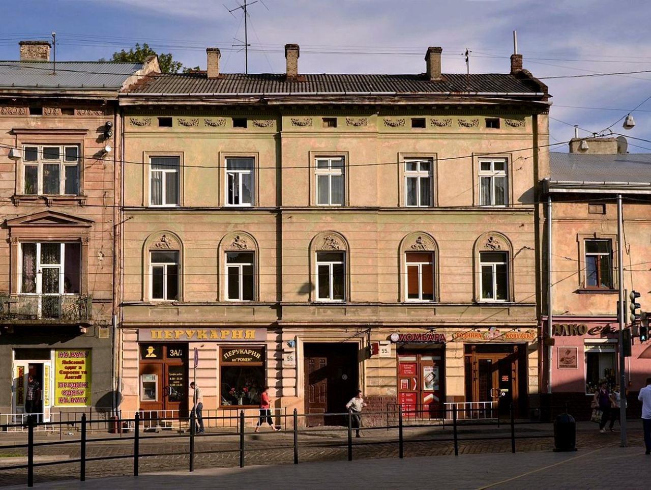 Колишній готель «Панський» на вулиці Городоцькій №55