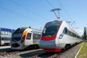 """Усі квитки на перший рейс потягу """"Мукачево – Будапешт"""" вже продані"""