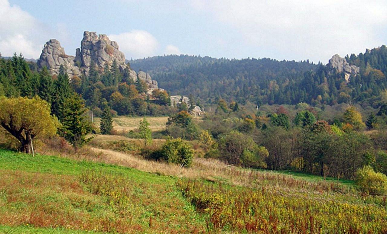 Скелі Тустані (рештки замку). © Wiki