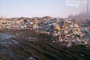 На Полтавщині знову засмерділо львівським сміттям