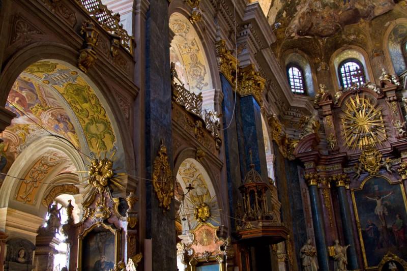 Костел св. Петра і Павла ордену Єзуїтів