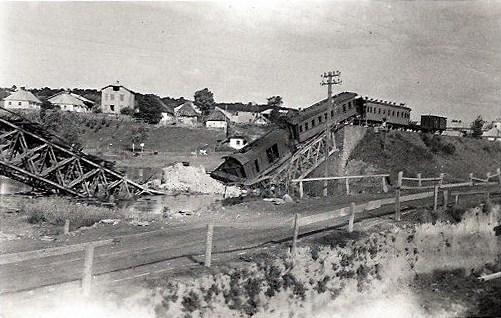 Львів, 1941 рік, зірваний залізничний міст