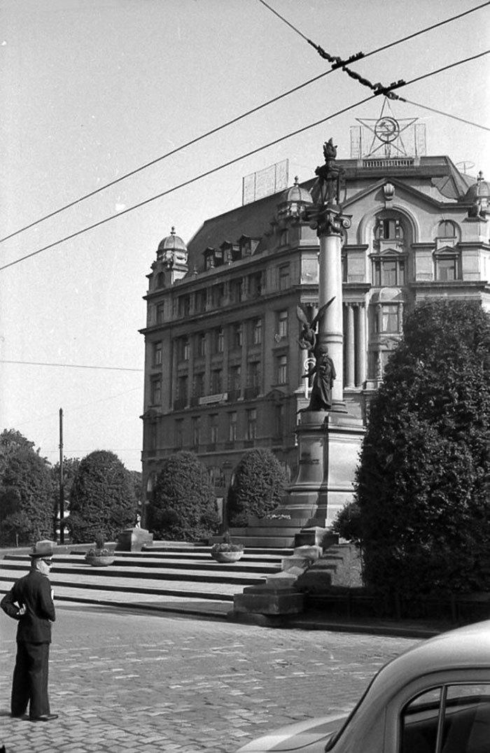 Львів, площа Адама Міцкевича, 1964 рік