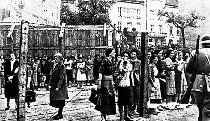 Львівське гетто, тут на фото весна 1942, але створено було кінці 1941