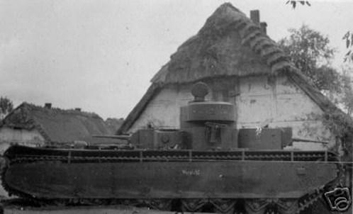 Німецька техніка в селі Суховоля біля Львова