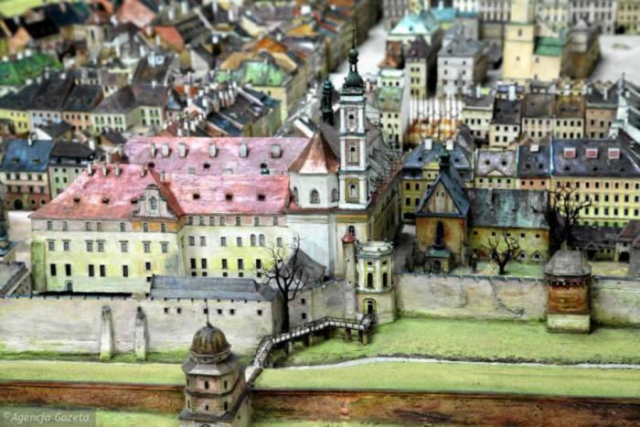 Пластична панорама Львова 1775 року Януша Вітвіцького (Janusz Witwicki), вид на місто і обсерваторію.