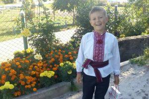 У Львові збирають кошти на порятунок життя 7-річного Сашка. Також шукають донорів