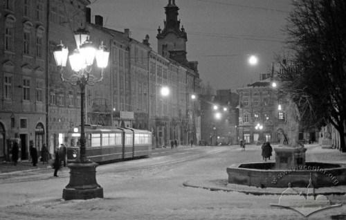 Площа Ринок, 1975-1980