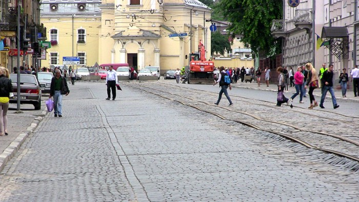 Церква Св. Анни у Львові, фото липень 2013 року