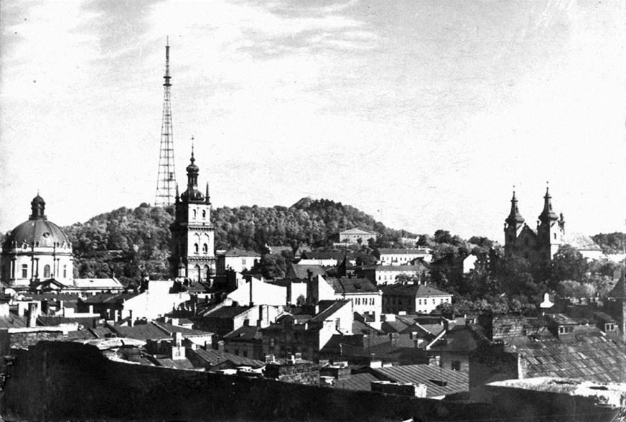 Панорама Львова з телевежею, 1960-ті рр.