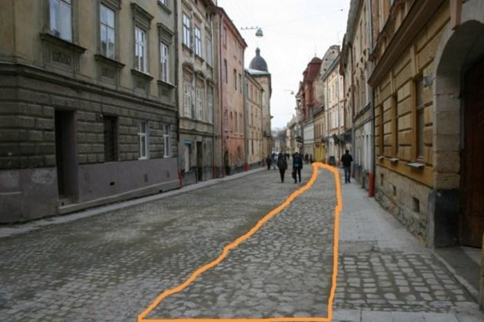 Трасування Високого муру, у систему якого входила Краківська брама, під час ремонту вулиці Л. Українки у 2012 році