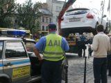 """У Львові водії масово паркуються, """"як олені"""""""