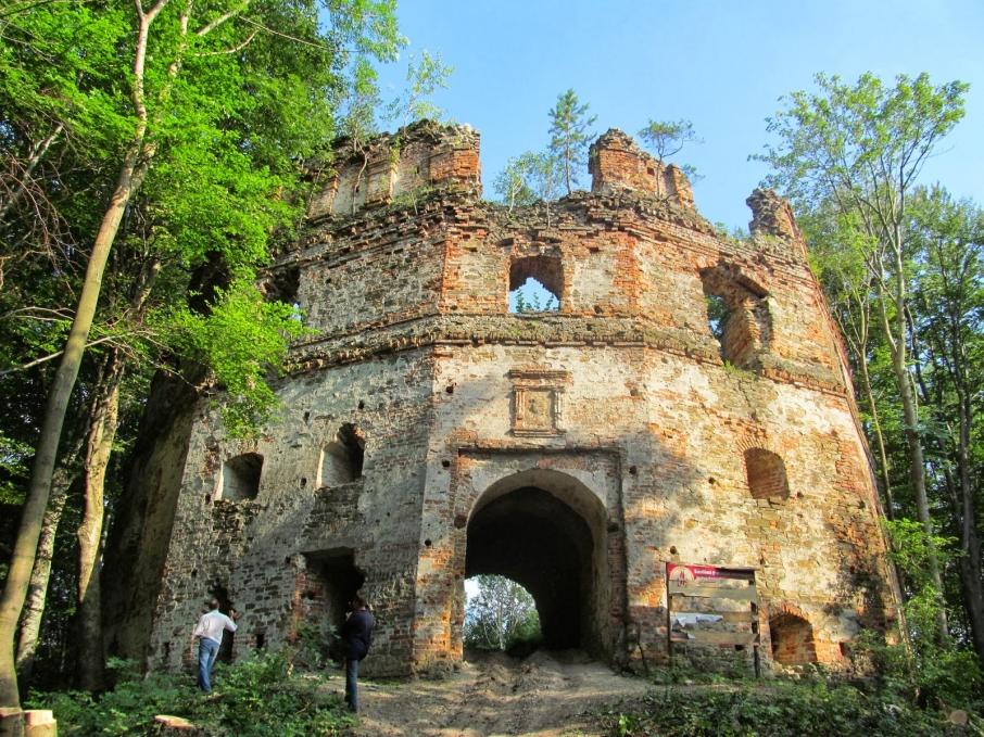 Добромильський замок – найвищий та найвіддаленіший на Львівщині