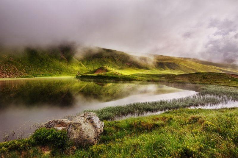 Драгобратський водоспад і озеро Герешаска