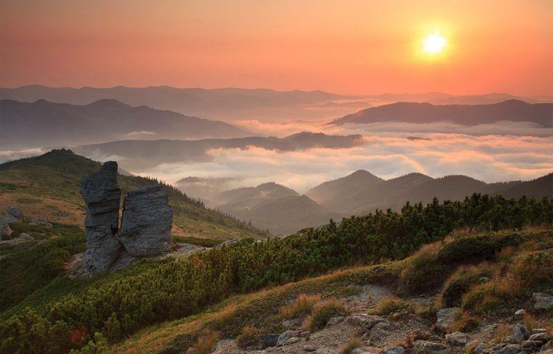 Гора Вухатий Камінь