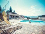 Готелі з басейном в Карпатах: ціни та умови 2017