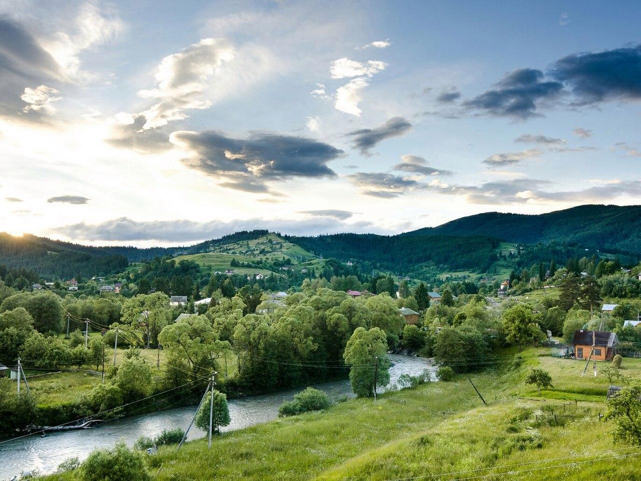Річка Прут, село Ворохта © Yelisey Moroz