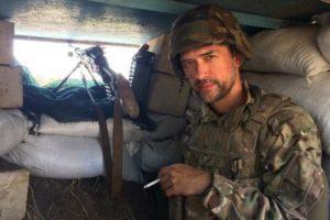 Сьогодні День народження святкує актор та доброволець УДА Анатолій Пашинін