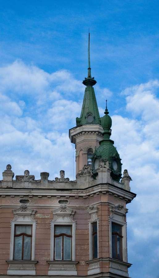 Фрагмент вілли – музею на вул. Драгоманова, сучасне фото