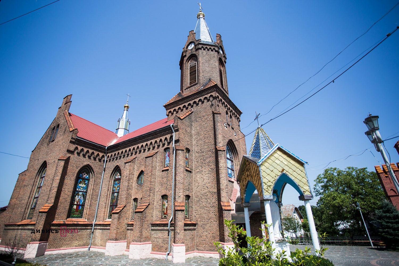 храм святої Анни у Бориславі