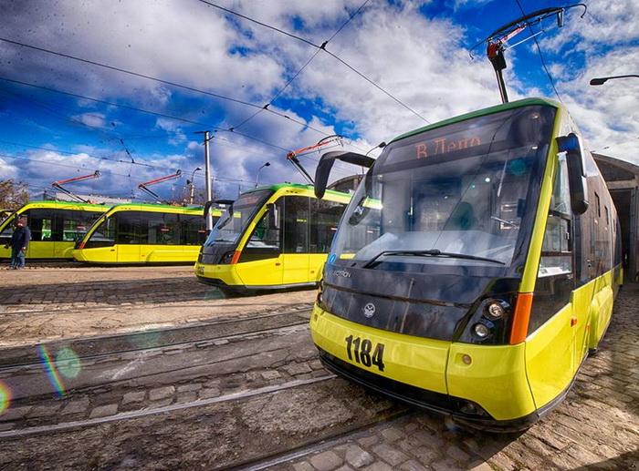 трамвай сихів