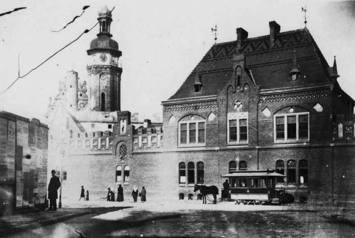 Будівля вогнеборчої стражниці при бернардинських мурах. Фото кін. XIX ст.
