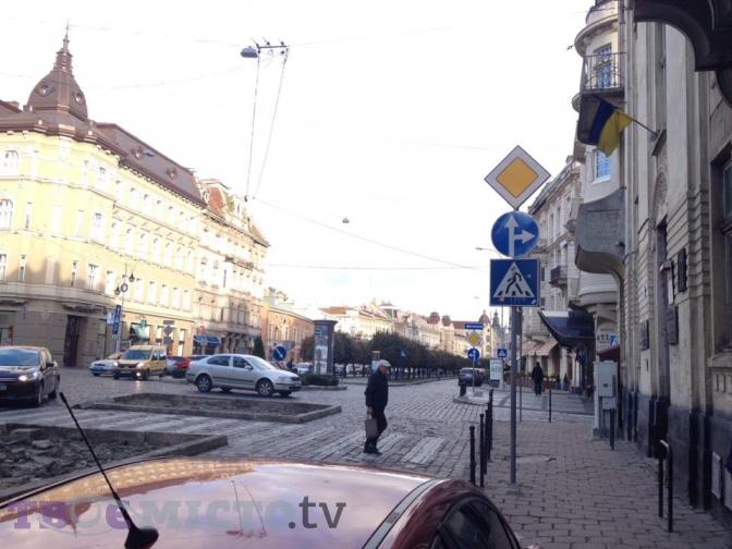 На проспекті Шевченка змінили організацію руху. Роз'яснення